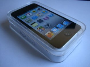 IPOD TOUCH 4TH GENERATION 8GB PURCHASED FROM USA